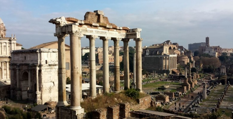 ROME ANCIENT COLUMNS