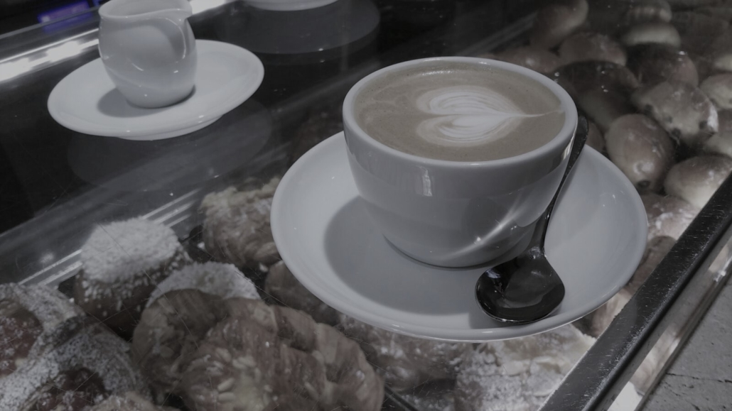 ROME FOOD CAPPUCCINO WITH HEART
