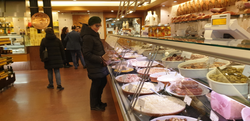 Food experience right in the center of Milan