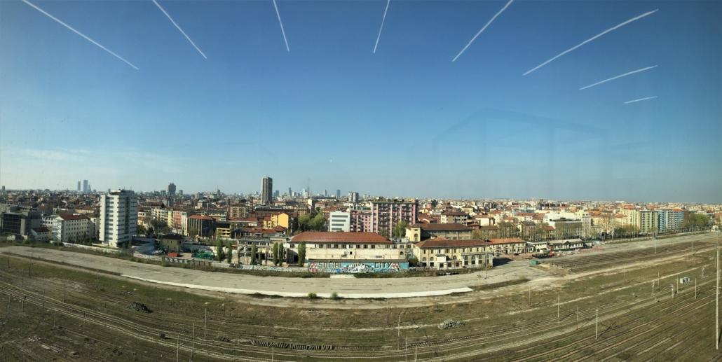 this tour explores Porta Nuova and Isola, two areas of Milan