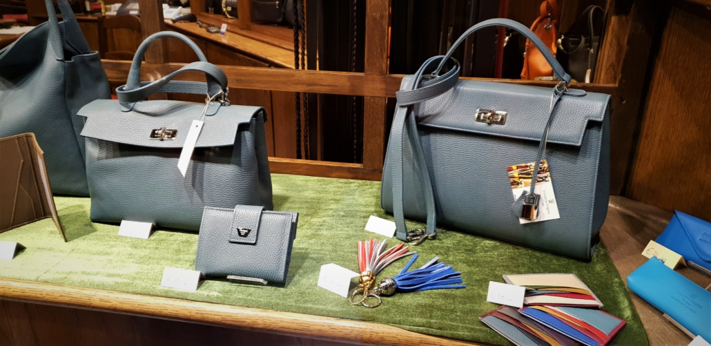FLORENCE LEATHER GRAY BAGS